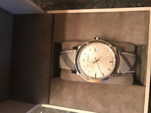 Authentic Brand new ladies Burberry watch.