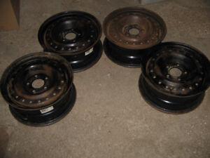 Jantes de Mazda 3 (2004) 15 po. (ou pour autres modèles)