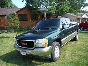 2002 GMC Sierra 4x4 Ext Cab Pickup Truck