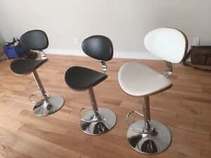 Hydraulic bar chairs for sale