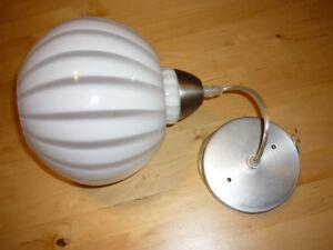 Luminaire suspendu et plafonniers
