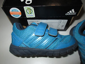 Todder size 8 Adidas Running shoes, EUC