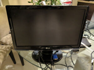 LG 18'' LCD Monitor for computer