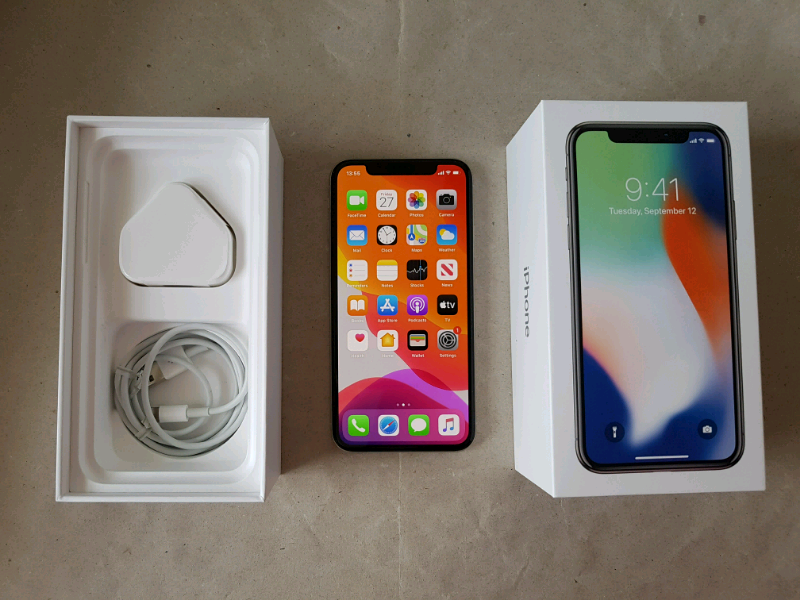 Apple iPhone X, 256 GB, Silver, Unlocked, mint condition | in South West London, London | Gumtree