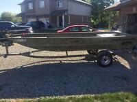 2013 Tracker Boat and Trailer