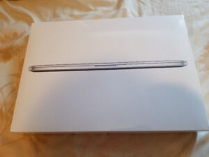 "Brand New Early 2015 MacBook Pro 15"" Retina Display. Sealed Box"