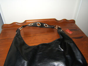 BLACK PLEATHER HANDBAG   NEW Kingston Kingston Area image 4