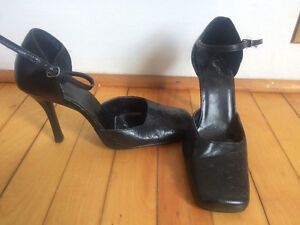 7 pairs of ladies size 7/7.5 for $25 -- most pairs leather