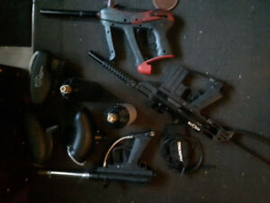 Three perfectly working paintball guns with great accessories