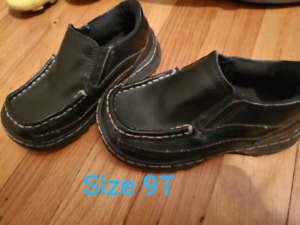 Size 9-11 toddler shoes