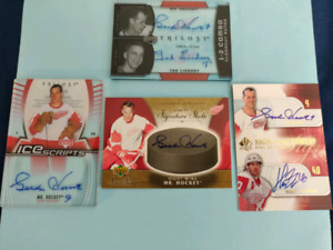 Four Gordie Howe - Signed Sports Cards (Authenticated)