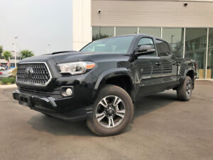 2018 TOYOTA TACOMA SR5!!! SUPER LOW KMS!!!