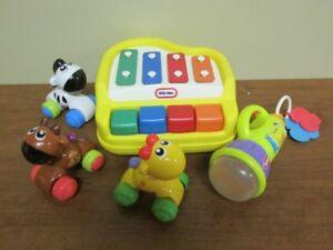 3 Jouets pour bébé/Lampe lumineuse/3Animaux sur roue/Piano