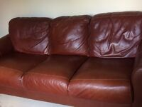 Reduced to sell quickly! Beautiful leather suite !