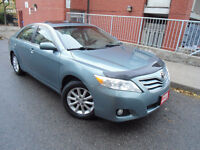 2010 TOYOTA CAMRY XLE V6, LEATHER, SUNROOF, PUSH-BUTTON START !