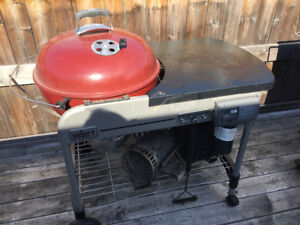 Weber Performer Charcoal Barbecue