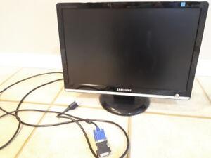 """Samsung 19"""" LCD Computer Monitor"""