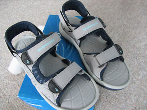 Brand New Brooks Women's Sandals - Sizes 7, 9, or 10 London Ontario image 2