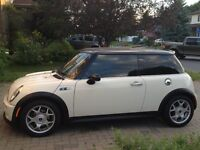 2004 MINI Mini Cooper S S 1.6 Coupe with New Winter Tires!