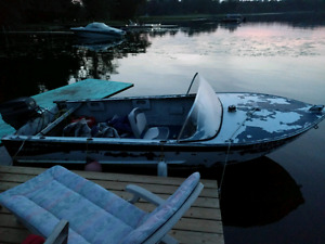 Boat trade for pair of jetskis or right offer