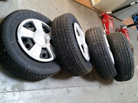 235/65/17 USED GENERAL GRABBER HTS@ TIRE DISTRICT 95% TREAD