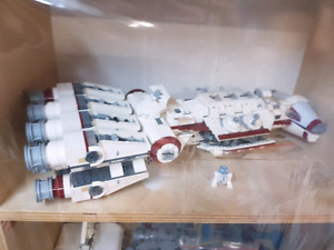 Lego star wars sets with boxes and mini figures