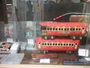 Cast, vintage trains, classic cars, hot wheels + 600 booths