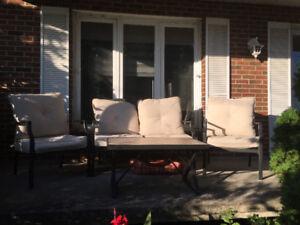 Mobilier de jardin extérieur
