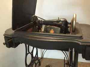 1890's Eldredge B Treadle Sewing Machine in cabinet Strathcona County Edmonton Area image 3