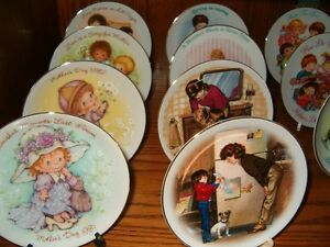 Avon Mother Day Plates