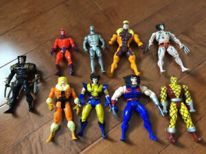 93 LOOSE SUPERHERO ACTION FIGURES, 7 VEHICLES