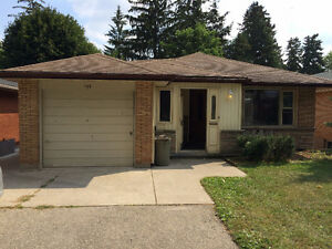 6 Bedroom Student Rental House/Rooms Available near WLU!!!!!