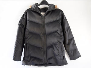 Gorgeous Andrew Marc down parka, like new, ladies M