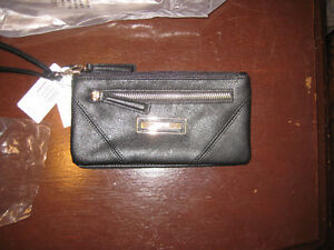 Kenneth Cole Black Ladies Wallet/Clutch Windsor Region Ontario image 1
