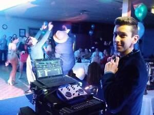 DJ JULIUS | MELBOURNE | Top40s, RnB, 70s, 80s, 90s 2000s Port Melbourne Port Phillip Preview