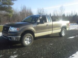 2008 Ford F-150 Pickup Truck !! 4X4 ! LONG-BOX !!