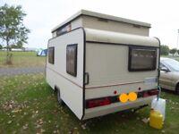 Fleurette Pop - Top Caravan