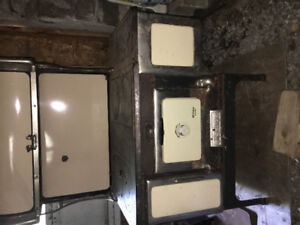 McLary Triumph Cook Stove for Sale