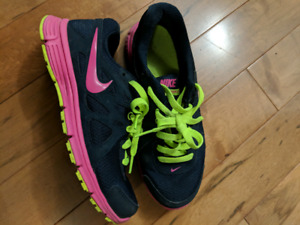 Nike shoes . Very comfoy