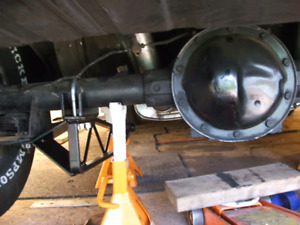 """8.5"""" 10 or 12 Bolt POSI Rear Differential Wanted"""