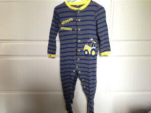 2T pajamas / 6 pairs - $6