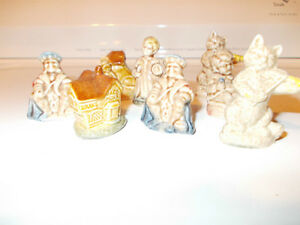 Red Rose Figurines