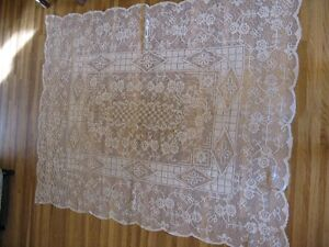 Rectangle Lace Tablecloth