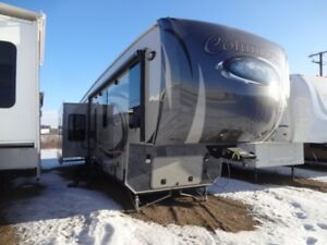 2014 Palomino Columbus Fifth Wheels 365RL
