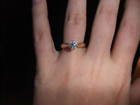 GORGEOUS solitaire diamond 18k engagement ring (size 6)