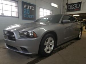 Dodge Charger 4dr Sdn RWD 2011