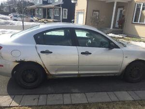 2004 Mazda 3  usage