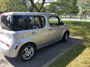 2011 Nissan Cube SUV,  one owner 140km