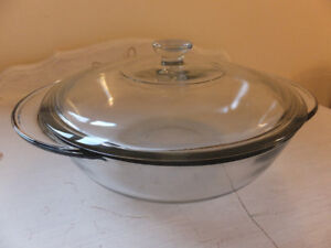 2L Round Casserole/Baking Dish with Cover