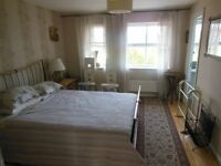 double room available in 212 dallow road